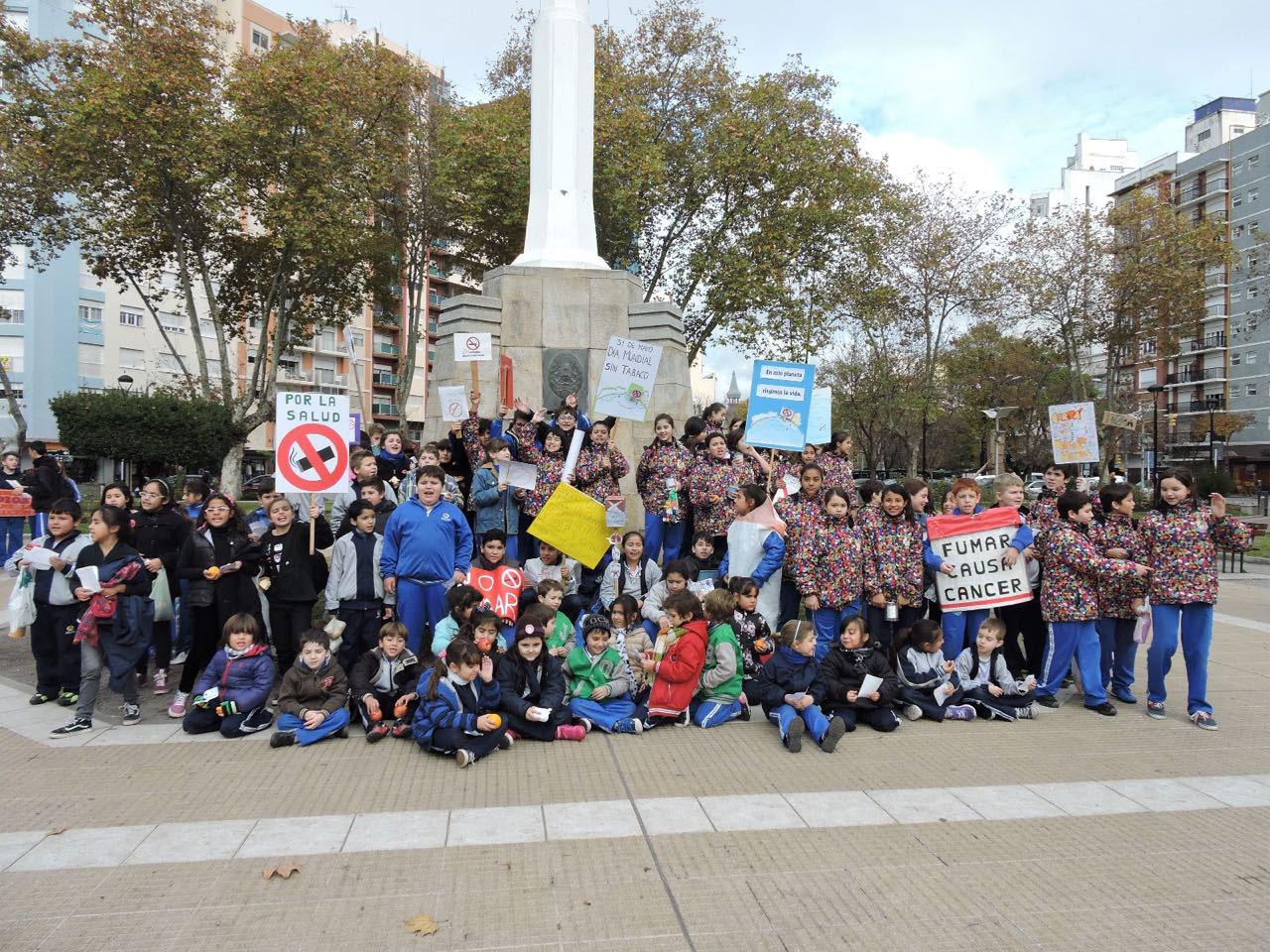 Colegios Adventistas participando del Día Mundial Sin Tabaco